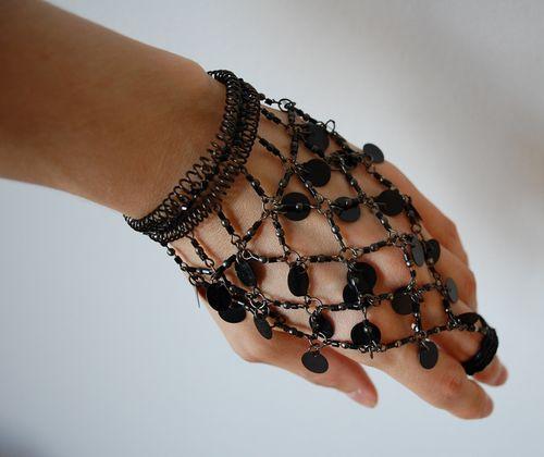 Indianhandjewellery_2