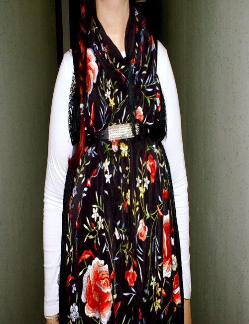 Detail shawl.gif
