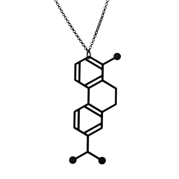 Aroha_silhouettes_-_tolerant_necklace
