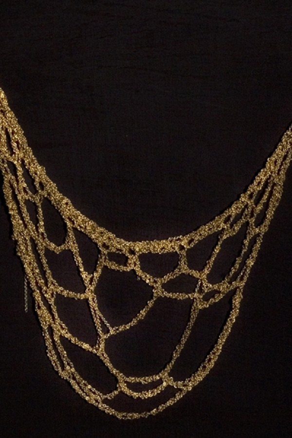 Web-necklace