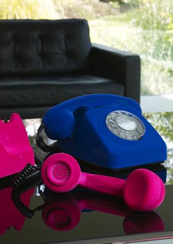 Velvet-telephone