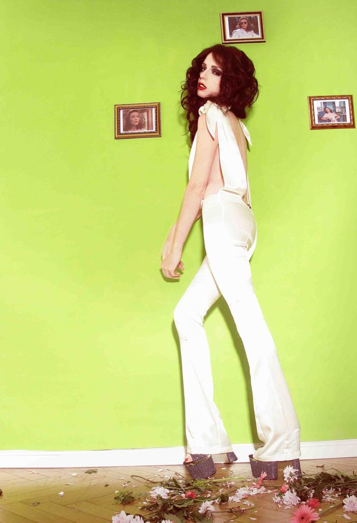 Jessica harris-bonnie strange-whiteoverall