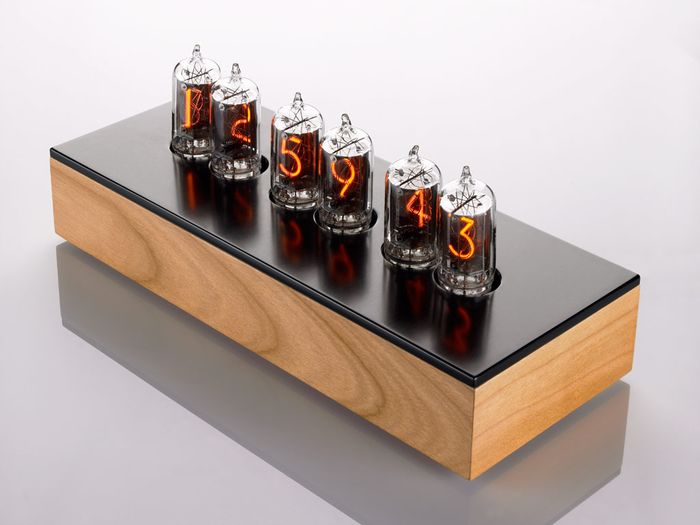 Nixie_clock_h1