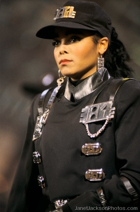 Janet-Jackson-rhythm-nation-uniform