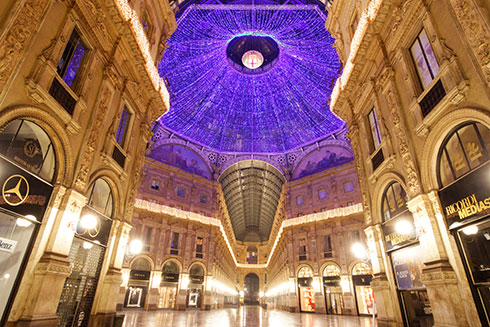 Milan-galleria-night