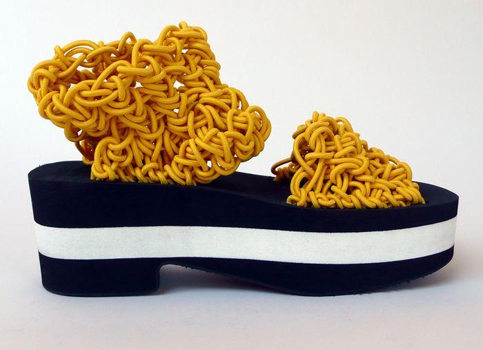DePinto-ShoeS1