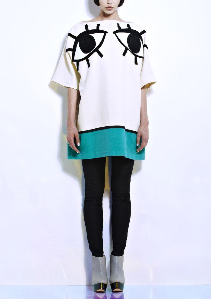 Joanne-Pybus_Oversized-Slash-Neck-Eye-Top-Front_Bengt-Fashion