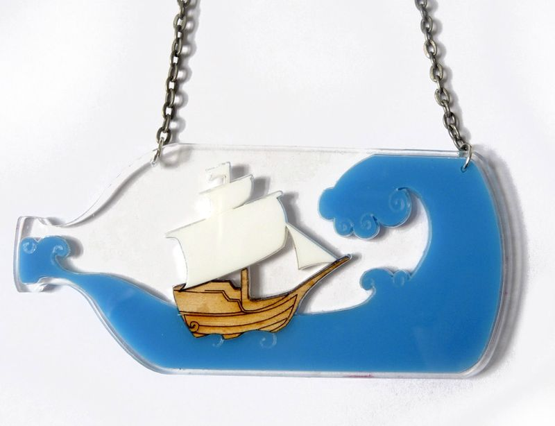 Ship_in_a_bottle_necklace_BC