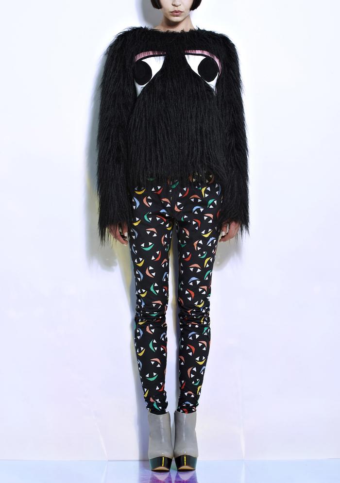 Joanne-Pybus_Big-Eyes-Shaggy-Jumper-Front_Bengt-Fashion
