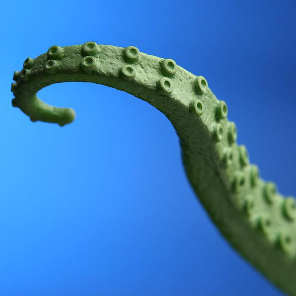 Ede3_usb_squirming_tentacle_closeup