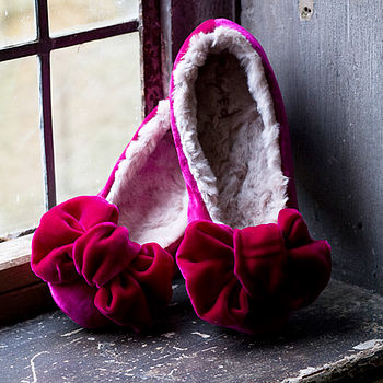 Pink_bow_ballet_slippers