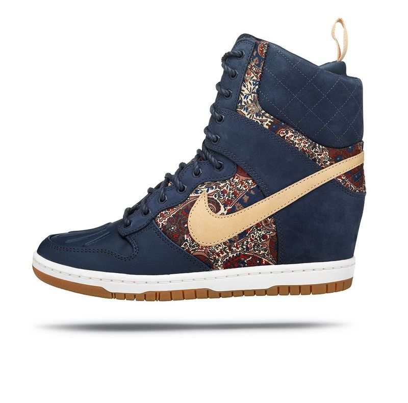 NIKE_DUNK_SKY_HIGH_SNEAKERBOOT_04
