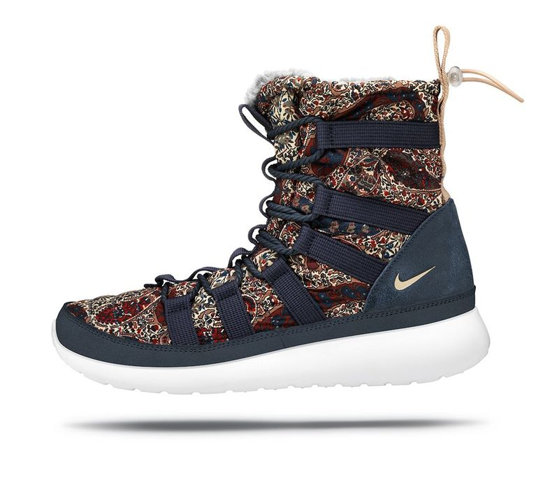 NIKE_ROSHE_RUN_HI_SNEAKERBOOT_08