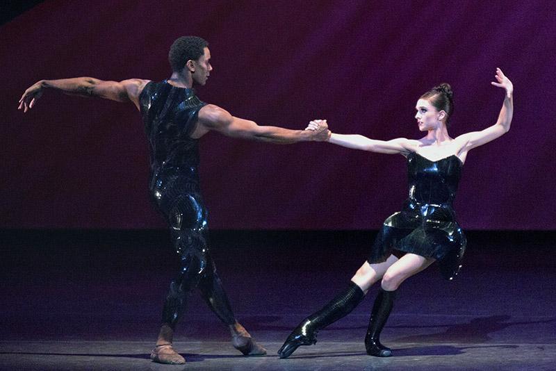21-1e034-ballet1-c1