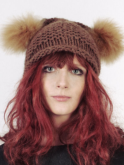 Fur_pom_pom_knitted_hat