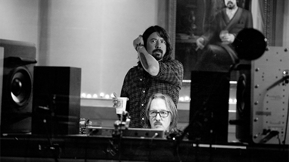 Dave-grohl-0ffdfa18d55125c9f95997149c7d2acf
