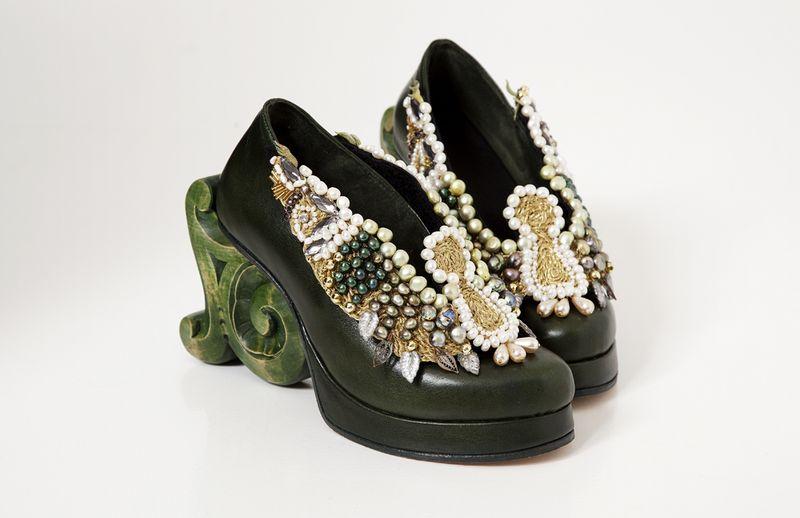 Emerald-rosemaling
