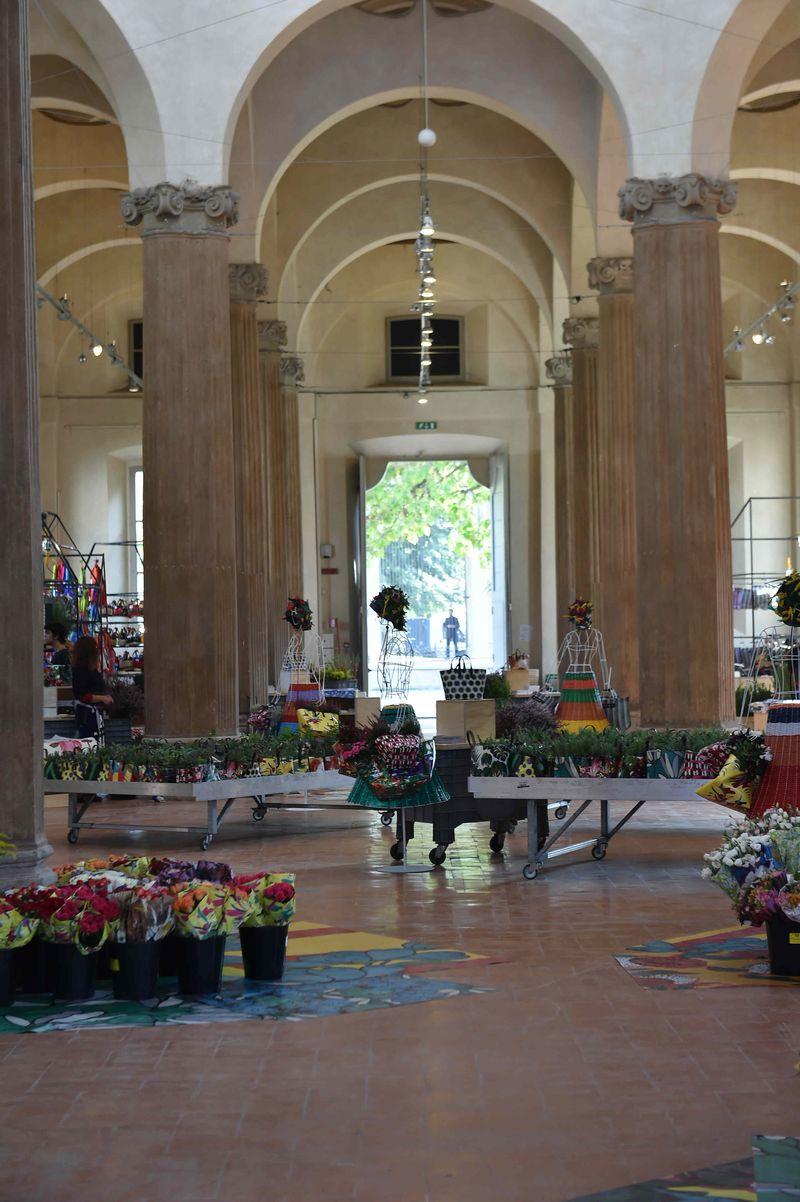 07 ñ MARNI FLOWER MARKET Installation Milan September 21