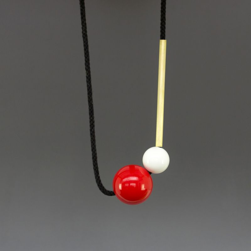 Popova-necklace-02-one-made-earlier