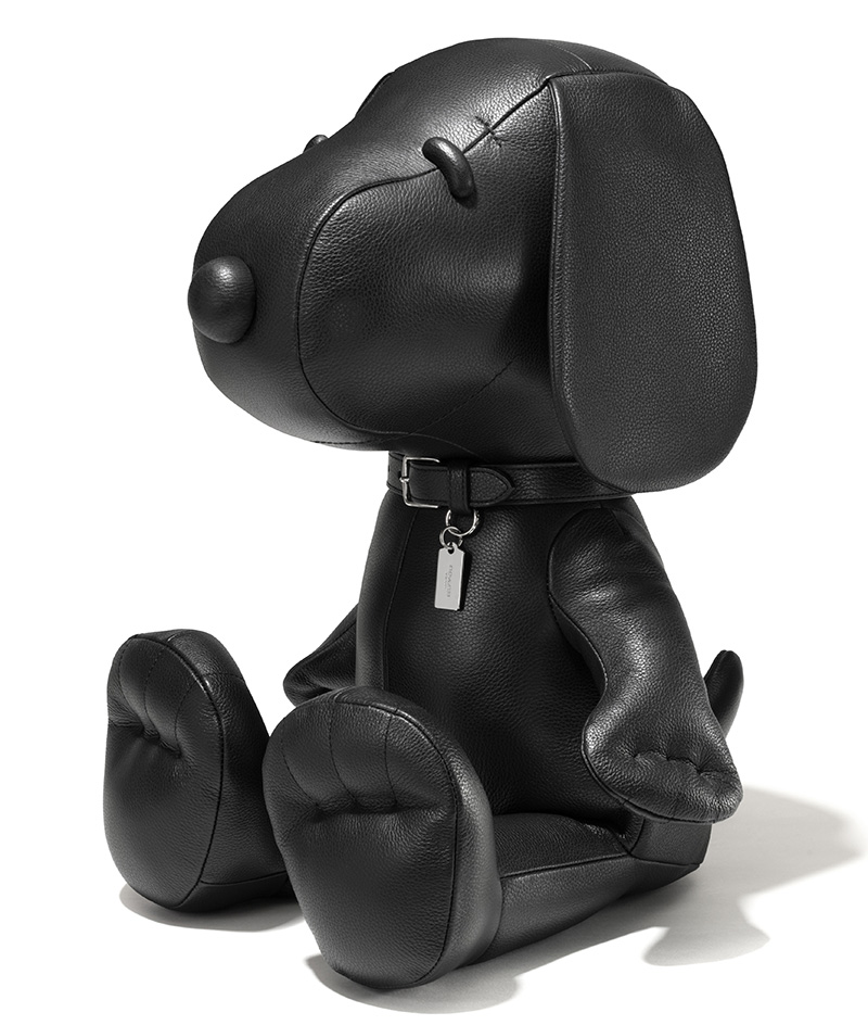 63160 Snoopy Leather Doll MED --ú690