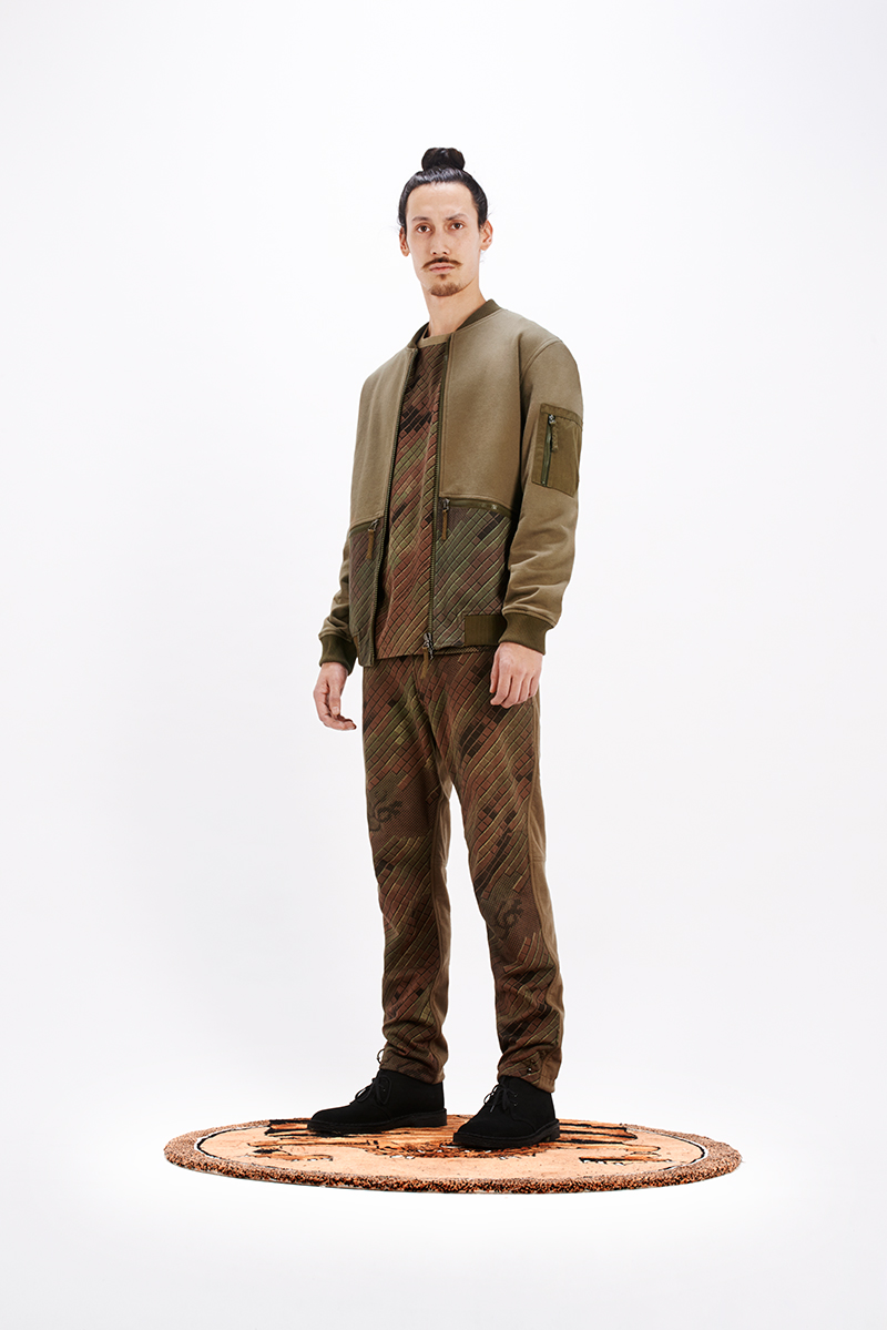 M_AW14_Pt1_Look_02
