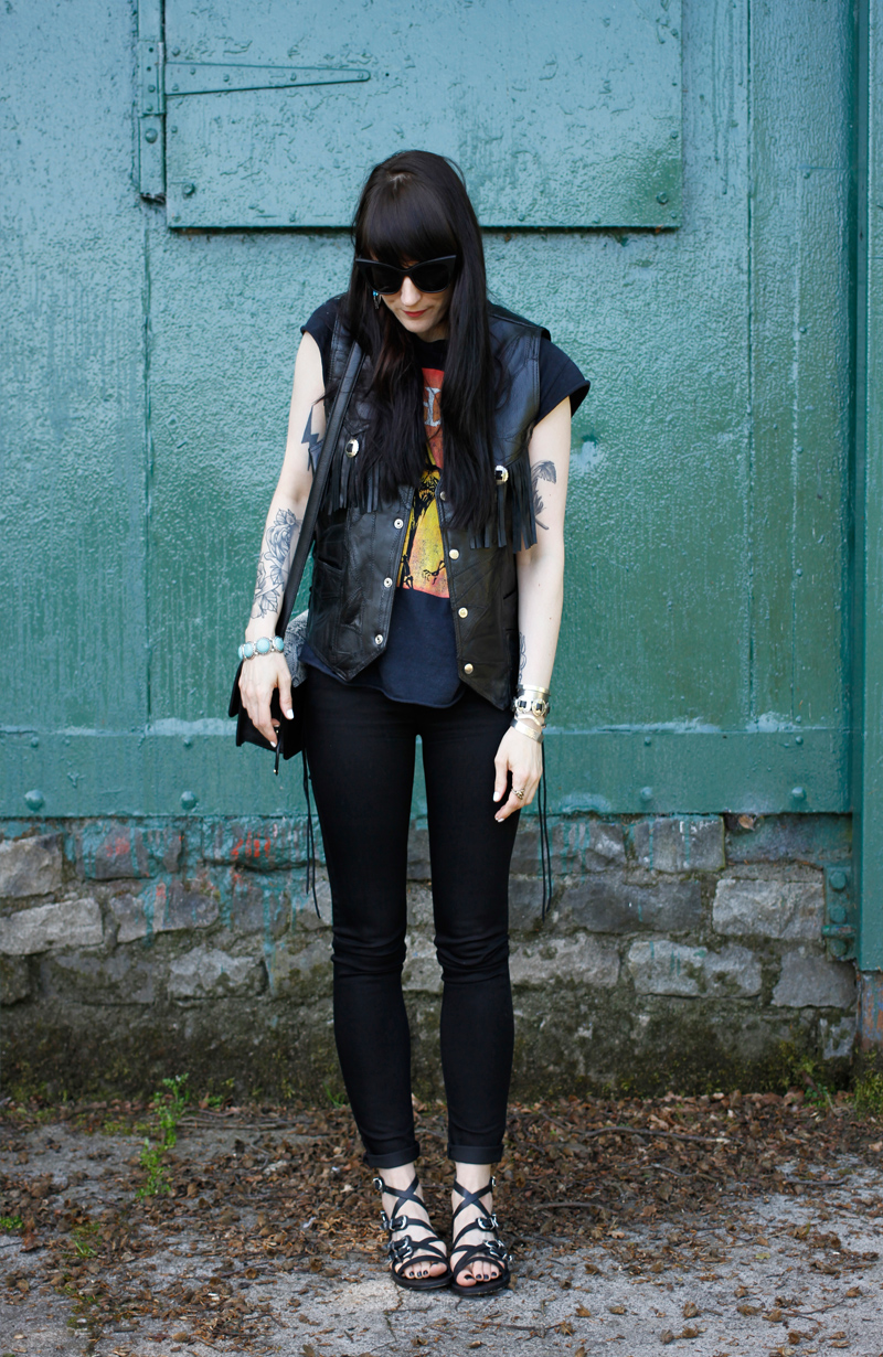 Leatherwaistcoat_7
