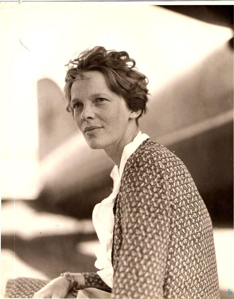 Amelia-Earhart-Photo-002