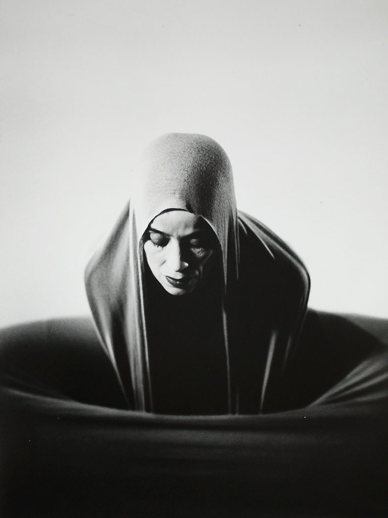 Barbara_morgan_lamentation_martha_graham_12