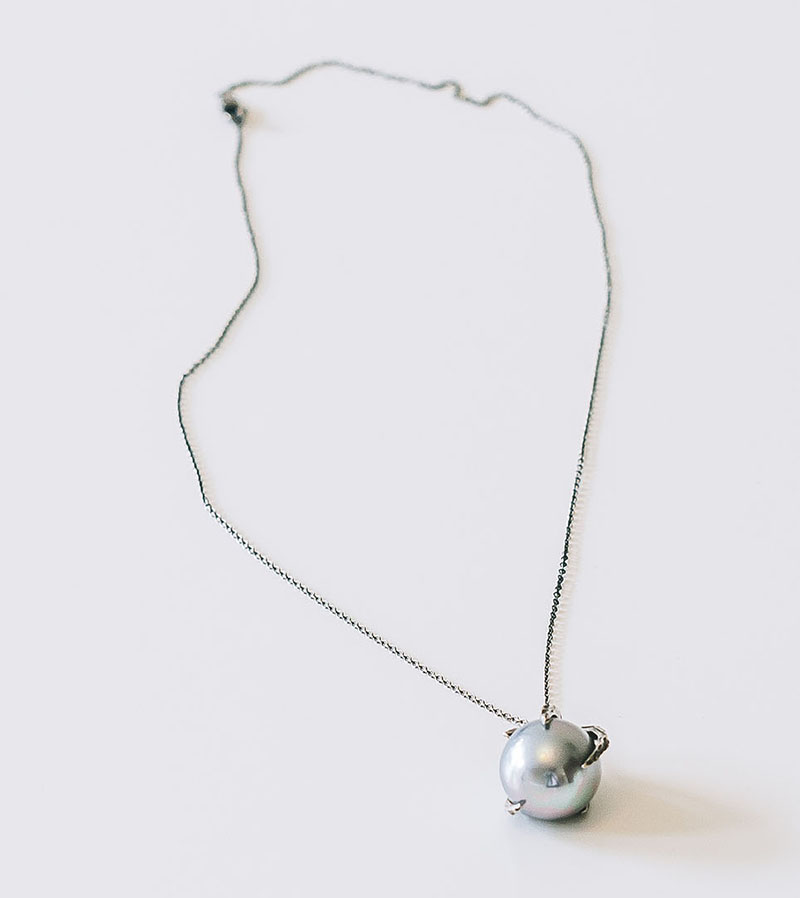 Lauren_Silver-Chain-Grey-Pearl_1_P